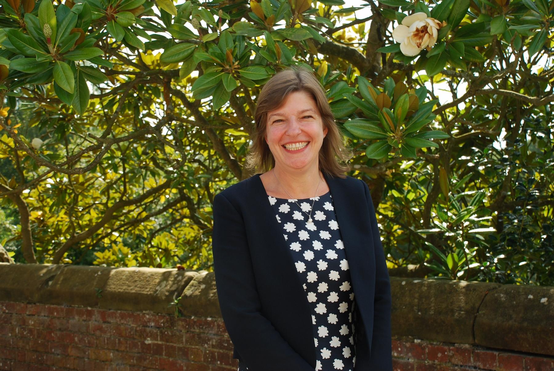 Mrs S Pendlebury-Bowe, BSc (Greenwich), PGCE